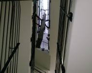 Transport im Treppenhaus